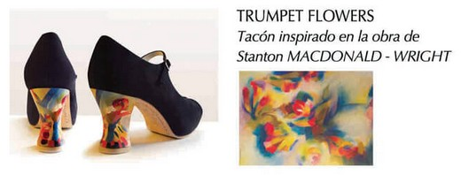 Pintado a mano: trumpet flowers